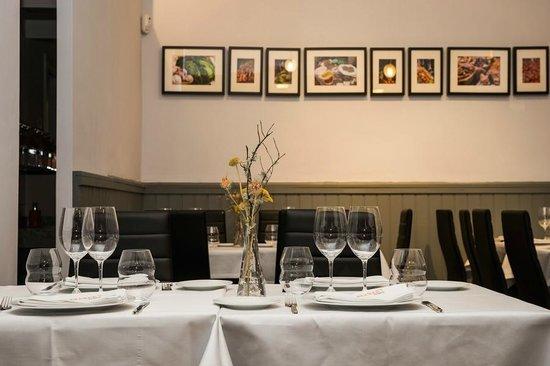 Restaurante vers til con capacidad para montar mesas for Mesas para restaurante