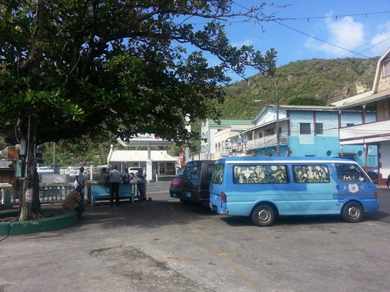 Water Front De Belle View: Soufriere by the waterfront near restaurant