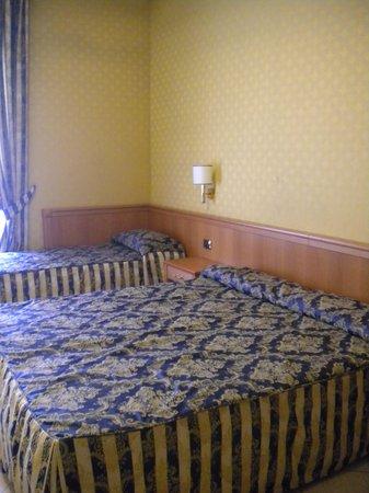 Mariano Hotel: habitacion hotel Mariano