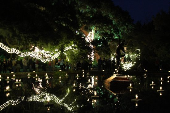 Brookgreen Gardens: Candles lit up