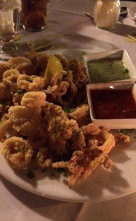 Pepperoncini Sotto Resaurant: Fried Calamari