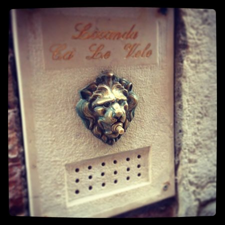 Locanda Ca' Le Vele: Knock knock!