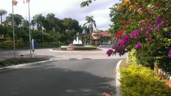 Westgate Vacation Villas Resort & Spa: Entry