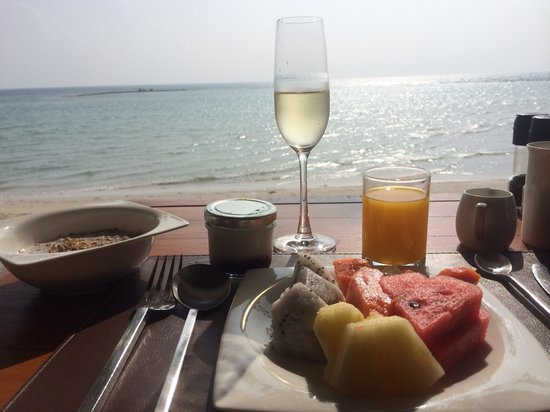 "X2 Koh Samui Resort - All Spa Inclusive: ""Champagne"" (sparkling wine) breakfast"