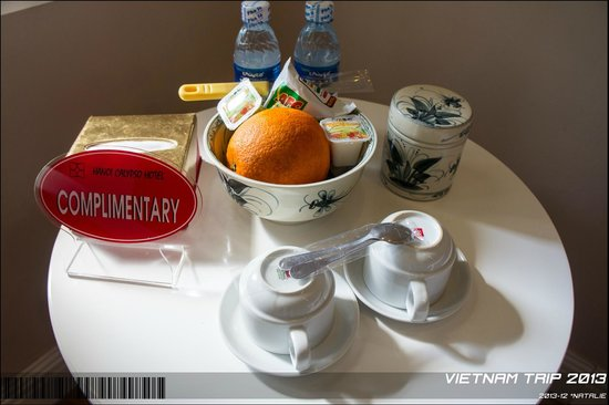 Calypso Grand Hotel: Fruits provided in the room.