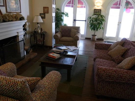 Hostal de la Rabida: Living room area