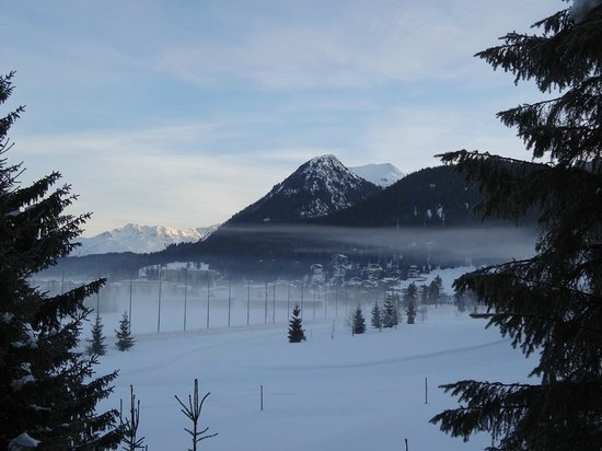 Arabella Hotel Waldhuus Davos: The view from our balcony