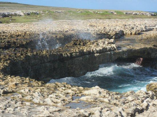 Rough seas crashing into Devil's Bridge