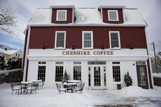 Cheshire Coffee : Exterior in winter