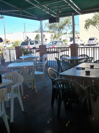 Boulevard Beef & Ale: Back on the Patio