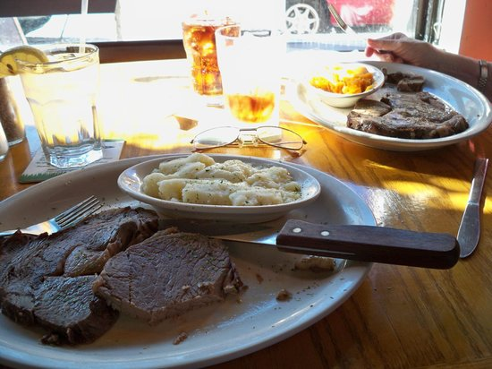 Boulevard Beef & Ale: No nonsense meat & potatoes - very tasty!