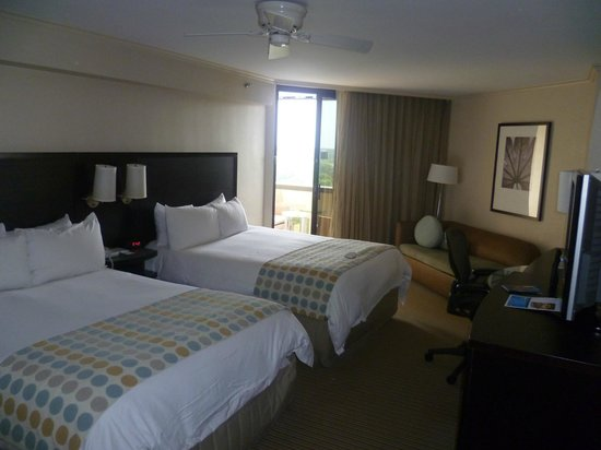 Hilton Orlando Buena Vista Palace Disney Springs: Standard Bedroom