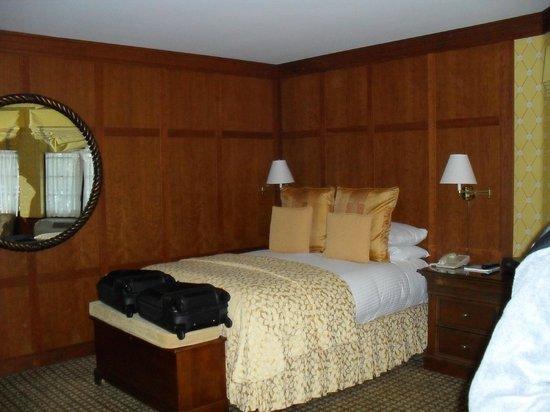 Napa River Inn at the Historic Napa Mill: Room/suite