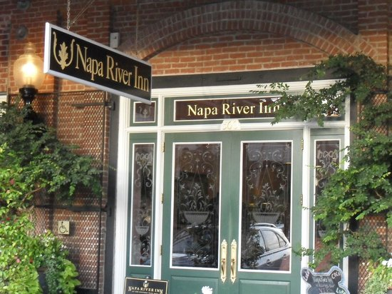 Napa River Inn at the Historic Napa Mill: Reception
