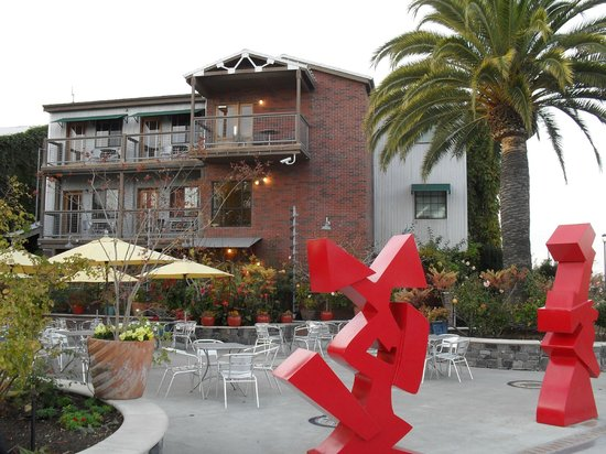Napa River Inn at the Historic Napa Mill: Hotel & grounds