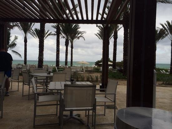 Grand Beach Hotel Surfside: View from Restaurant