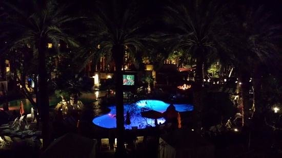 Hyatt Regency Indian Wells Resort & Spa : movie night