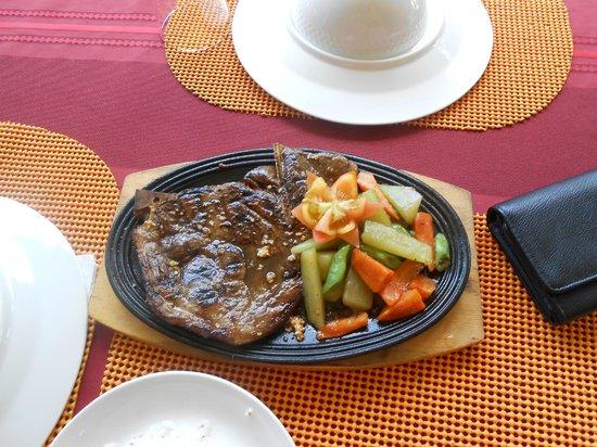 Hale Manna: lunch, pork steak