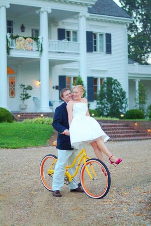 Weddings at the Inn at Warner Hall