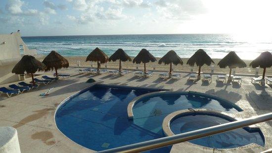 Villas Marlin: Pool for the small children