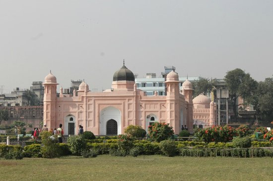 Lalbag Fort: Lalbagh Fort