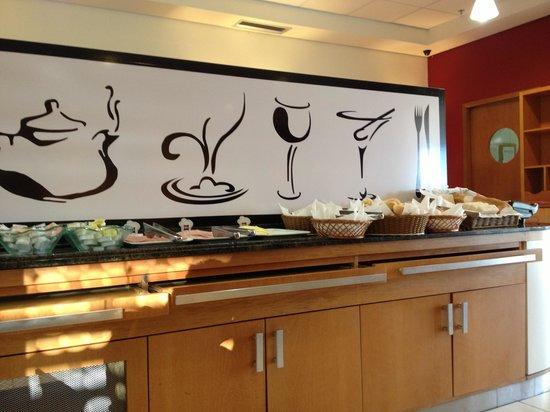 Ibis Belem Aeroporto: Breakfast buffet style.