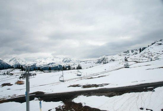 Peak 2 Peak Gondola: Blackcomb Whistler.