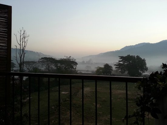 Proud Phu Fah Resort: Early morning  view from room 303