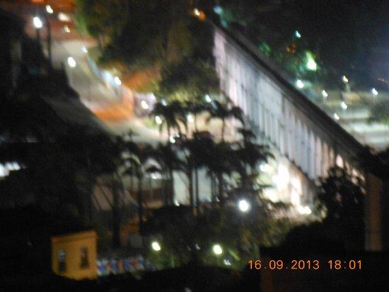Terra Brasilis Hostel: Lapa a noite