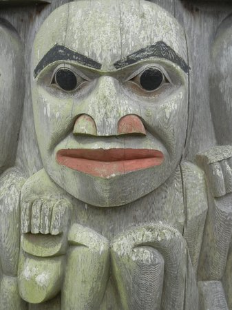 The Resort at Port Ludlow: Image from impressive Resort totem pole