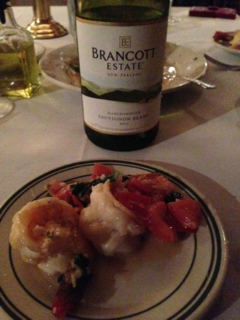 Spinners' Seafood, Steak & Chop House: Shared Mediterranean scampi appetizer