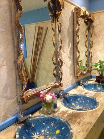 Sanctuary Cap Cana by AlSol: Pool side ladies room