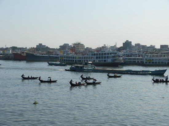 Richmond Hotel & Suites : more buriganga river, you must get hotel to organise it for you