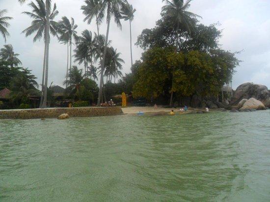 Bintan Cabana Beach Resort : beach area at the farthest end