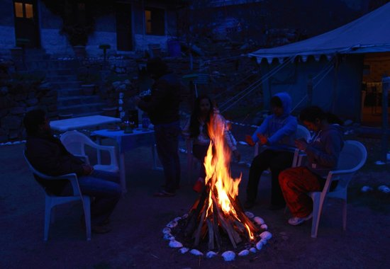 Baikunth Adventure Camp: Bonfire for the group
