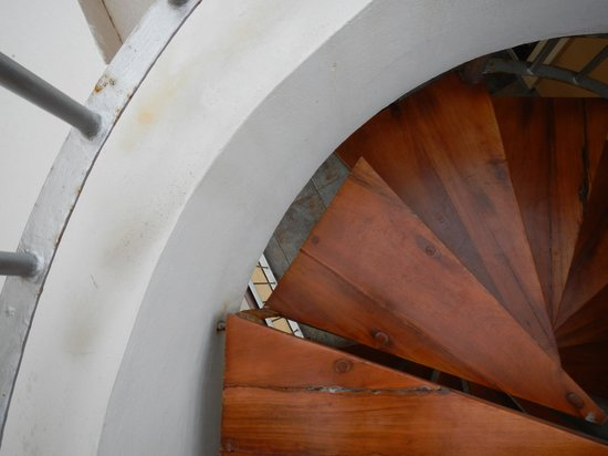 Residences El Faro: Stairs to the roof are not 100 % safe, be careful!