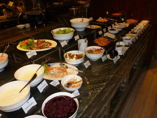 Siam Kempinski Hotel Bangkok : Breakfast selection
