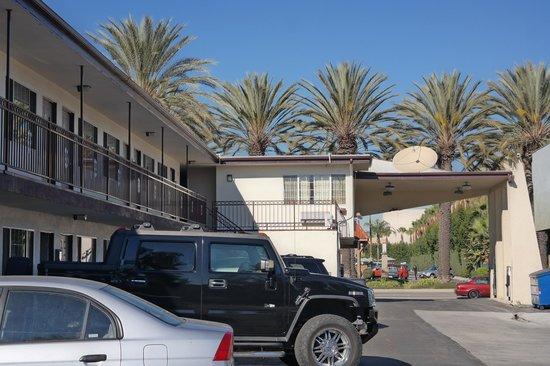 Little Boy Blue Motel : Motel view
