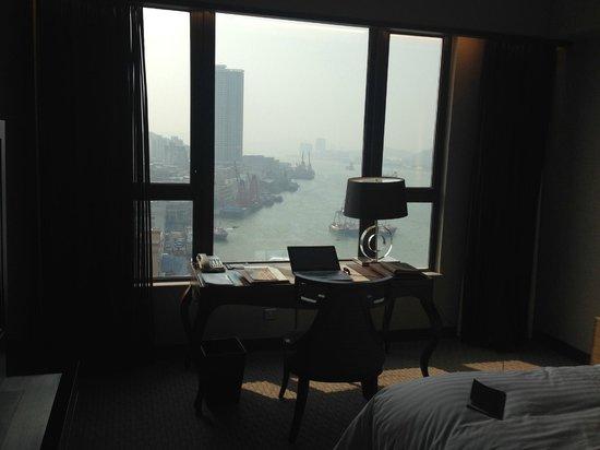 Sofitel Macau At Ponte 16: View from the desk