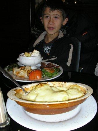 Le Dilemme : fondue au camembert