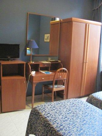 Hotel Rimini : chambre