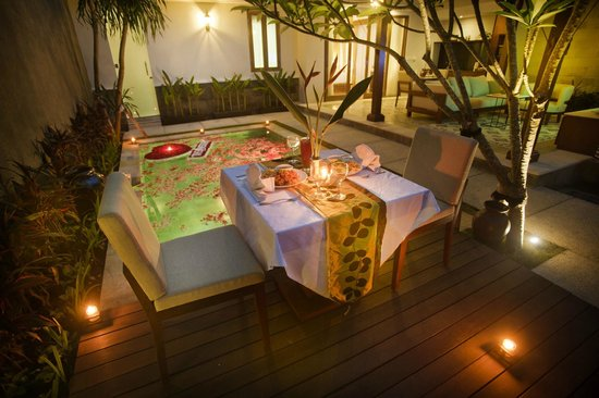 The Astari - Villa and Residence: Candle Light Dinner at 1 Bedroom Private Pool Villas1