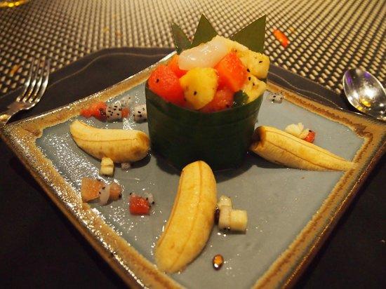"The Square 24: Fruit ""tartare"" dessert"