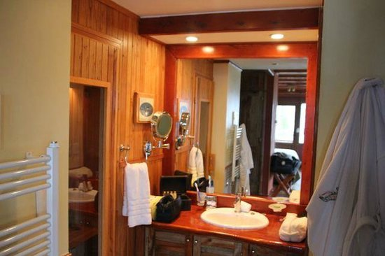Charming Luxury Lodge & Private Spa: room