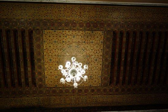 Riad Le Calife : Ceiling detail