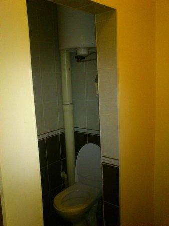 Veles Hotel: ванная