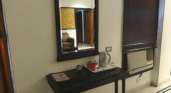 OYO 503 Hotel Comfort Zone: Deluxe Room