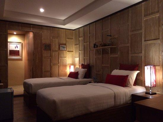Ocean 11 Residence : Twin Room