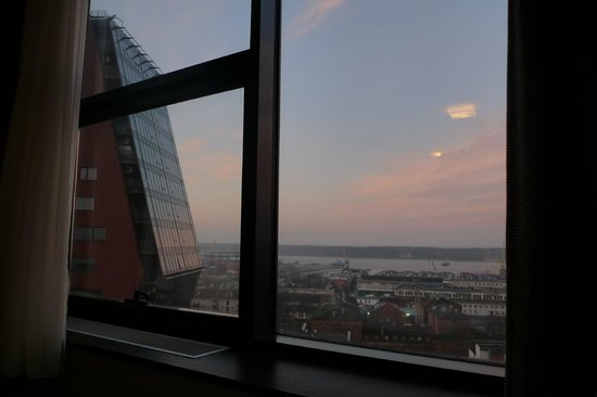 Amberton Klaipeda : In the morning... View for the bed.