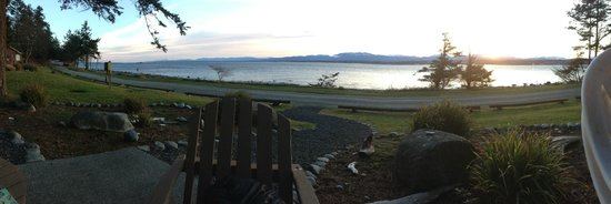 Tsa-Kwa-Luten Lodge: View from cabin 403